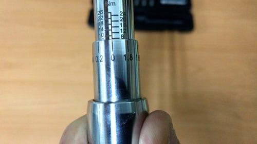 Adjusting Torque Wrench