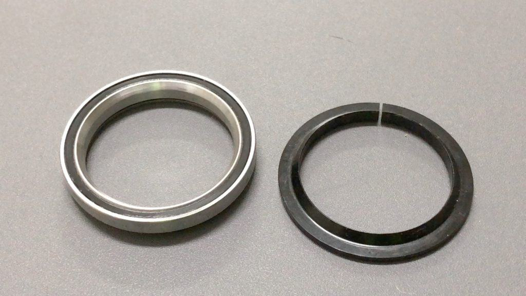 Sealed Bearing and Bearing Race