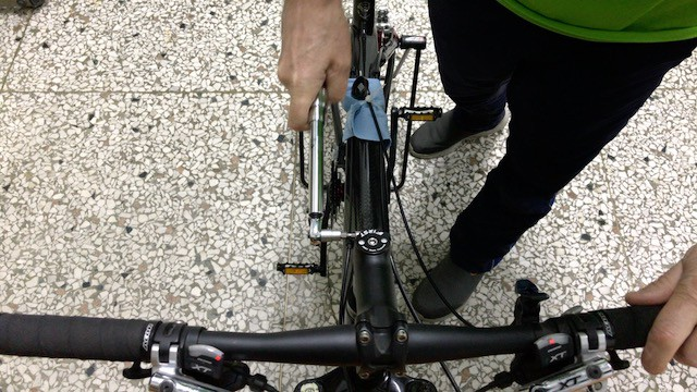 Using Torque Wrench to tighten Stem Bolt