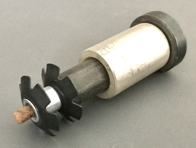 Star Nut installed to the pin of a star nut setter